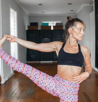 YOGA, PREGNANCY & POSTPARTUM – part I